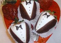 Chocolate-covered-strawberries_200